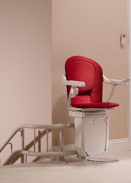 """מדרגון כסא upro פתרונות בע""""מ"""